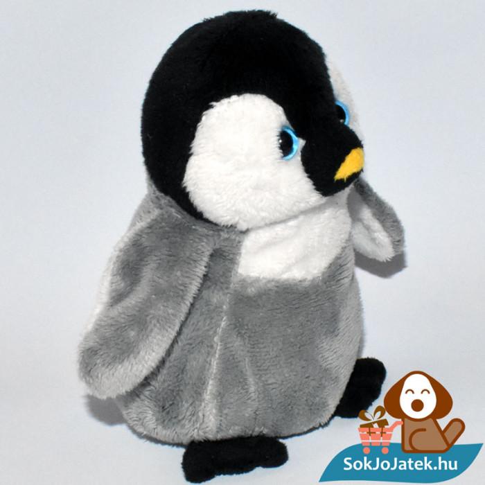Skippy, a plüss pingvin jobbról