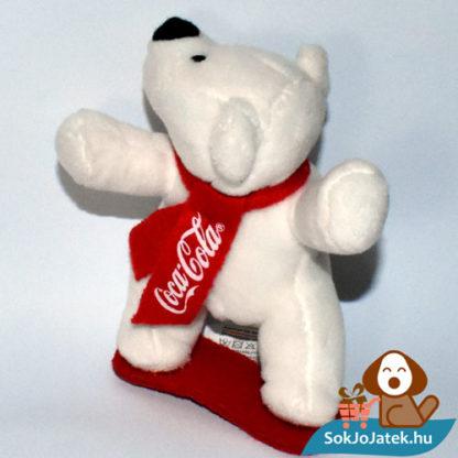 Coca-Cola plüss jegesmedve snowboard-on balról