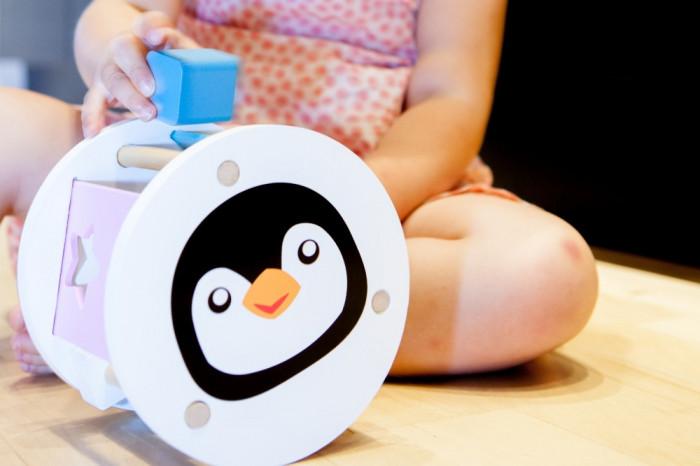 Pingvines fa formaválogató játék Magni - kép 5