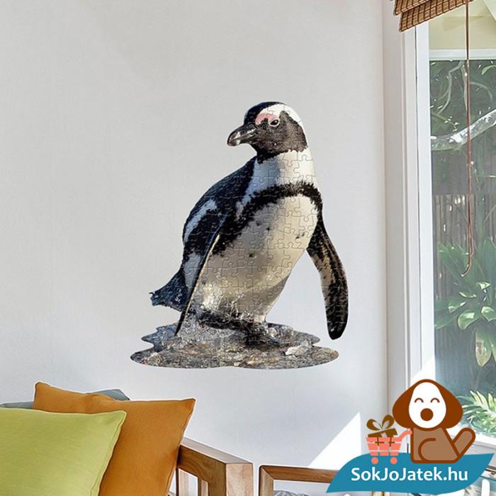 100 db élethű pingvin forma kirakó junior - Wow Toys a falra ragasztva