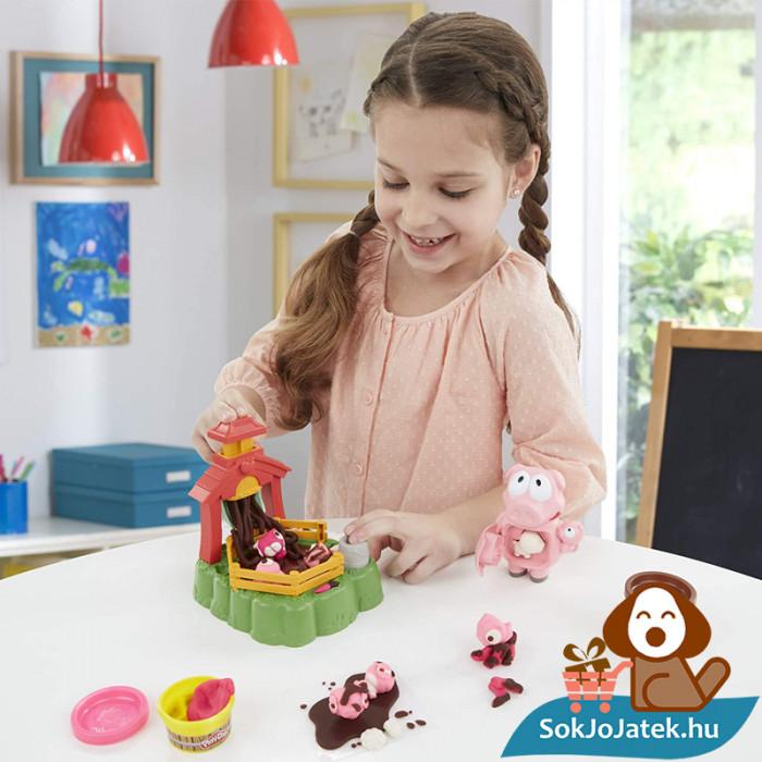 Play-Doh Animal Crew: Malac család - színes malacos gyurma szett játék közben lányoknak